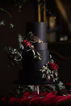 Black And White Wedding Cakes Ideas See more: www.weddingforwar 2019 Black And White Wedding Cakes Ideas See more: www.weddingforwar WEDDING CAKES The post Black And White Wedding Cakes Ideas See more: www.weddingforwar 2019 appeared first on Lace Diy. Black And White Wedding Cake, Black Wedding Cakes, Fall Wedding Cakes, Red Wedding, Perfect Wedding, Wedding Day, Black Weddings, Burgundy Wedding Cake, Winter Weddings
