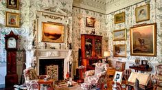 la chambre de Mary Russell, Duchesse de Bedford, surnommée The Flying Duchess Belton House, Harewood House, English Interior, Classic Interior, The Real Downton Abbey, Woburn Abbey, Houghton Hall, Castles In Ireland, Classic Living Room