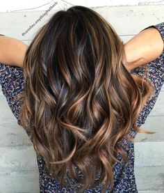 Not only FOR BLONDES It's crucial to note that balayage is surely not only for blondes. Even balayage is a way to accomplish a hair color that is distinctive and classy. Then balayage might be precisely the ticket! Balayage on… Continue Reading → Balayage Caramel, Balayage Brunette, Brunette Color, Balayage Hair Dark Black, Burgundy Balayage, Blonde Ombre, Balayage Hair Colour, Hair Bayalage, Fall Balayage