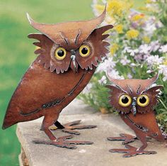 Look at Mama and Baby Owl! Welding Art, Welding Projects, Art Projects, Metal Yard Art, Scrap Metal Art, Sculpture Art, Sculptures, Owl Crafts, Junk Art