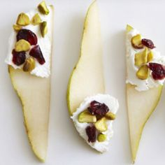 Pears with Goat Cheese and Cranberries - A sweet, tangy and simple snack! I used a red pear and less cheese than this shows. No pistachios, too, but I'm sure they'd be tasty! I'd eat this every day! Think Food, I Love Food, Good Food, Yummy Food, Appetizers For Party, Appetizer Recipes, Party Snacks, Vegetarian Appetizers, Dinner Recipes