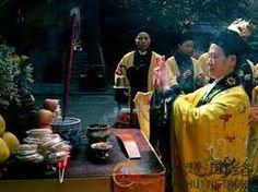 Uma das principais formas de prática taoísta é o altar taoísta, a representação externa da cosmologia taoísta e do processo de alquimia interna