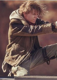Christmas Deal :> Thomas Sangster Maze Runner The Death Cure Newt Jacket is present in lowest price with free shipping offer at worldwide grab it now!