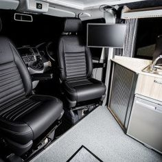The Clark's Traditional 'Lux' BI-Turbo Edition Camper Conversion - New Wave Custom Conversions Vw Camper Conversions, Sprinter Conversion, Camper Van Conversion Diy, Vw T5 Interior, Campervan Interior, Campervan Ideas, Land Rover Defender, Vw Bus, Volkswagen