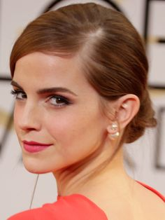 Emma Watson hair and makeup at the Golden Globes 2014 - celebrity beauty trends - Cosmopolitan.co.uk