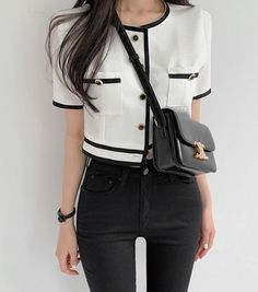 Korean Girl Fashion, Korean Fashion Trends, Ulzzang Fashion, Korea Fashion, Cute Fashion, Asian Fashion, Look Fashion, Kpop Fashion Outfits, Girls Fashion Clothes
