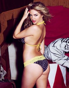 Kate-Upton-Beach-Bunnys-2012-Photoshoot-5