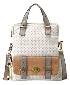 Mason Tote by Fossil. I love everything by Fossil, it's obnoxious. Fossil Handbags, Fossil Bags, Tote Handbags, Purses And Handbags, Fossil Purses, Brahmin Handbags, Purse Wallet, Clutch Bag, Fossil Watches