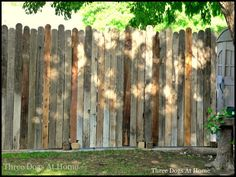 Diy portable / sectional stand alone fence made of old fencing and pallets