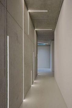 Awesome & Modern Led Strip Ceiling Light Design - All For Decoration Corridor Lighting, Led Lighting Home, Strip Lighting, Lighting Ideas, Vintage Industrial Lighting, Rustic Lighting, Modern Lighting Design, Modern Design, Design Design