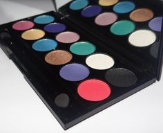 Sleek Makeup Lagoon i-divine- review, swatches & pics