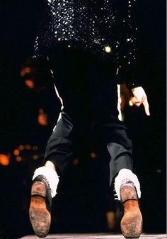 Michael Jackson on his toes.