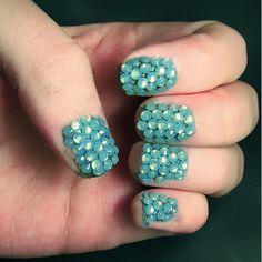 Surprisingly mermaidy manicure