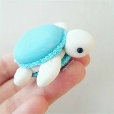 After I saw macaronified her Melli, I knew I had to macaronify my turtles!💖 polymerClay polymer clay Sculpey, Premo, Fimo is part of Cute desserts - Cute Polymer Clay, Cute Clay, Polymer Clay Crafts, Polymer Clay Turtle, Polymer Clay Disney, Macarons, Cute Food, Yummy Food, Cute Baking