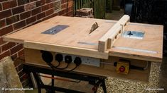 Woodworking Jigsaw Homemade table saw with built in router and inverted jigsaw 3 in 1 Table Saw Sled, Table Saw Fence, Diy Table Saw, Woodworking Jigsaw, Teds Woodworking, Woodworking Crafts, Youtube Woodworking, Popular Woodworking, Custom Woodworking