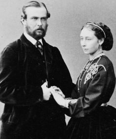 Louis IV Grand Duke of Hesse and by Rhine and Princess Alice - November 1865    Alix's parents as a young married couple.