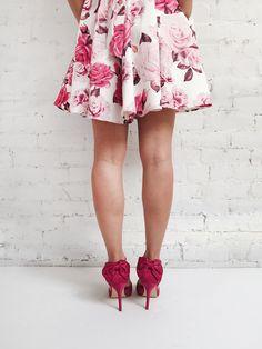 LIVRAISON GRATUITE partout au Canada du 14 au 17 Avril : Vivez l'expérience 1861 ! FREE SHIPPING across Canada from April 14th to April 17th : Live the 1861 experience ! #boutique1861 Pink floral dress & Pink heels