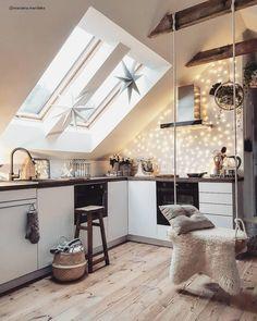 Modern Home Decor Interior Design Inspire Me Home Decor, Attic Apartment, Attic Rooms, Küchen Design, Design Miami, Design Model, Design Trends, Design Ideas, Cuisines Design