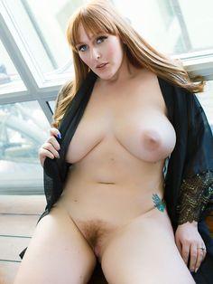 Naked pee porn girls