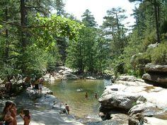 Piscines naturelles de la foret de Aïtone, Corse -France