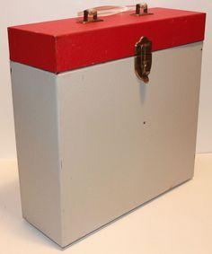 Vintage LP Vinyl Record Metal Storage Travel Case Box Crate Holds 25 Records, 1960s