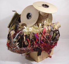 Wrapped sculptures by outsider artist #Judith_Scott