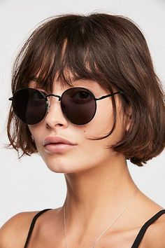 Far Out Round Sunglasses : Far Out Round Sunnies Hair Inspo, Hair Inspiration, Round Sunglasses, Sunglasses Women, Sunnies Sunglasses, French Bob, Pelo Pixie, My Hairstyle, Grow Out
