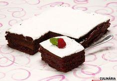 Nuvem de chocolate com doce de framboesa