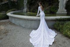 Vestidos de novia ceñidos y femeninos