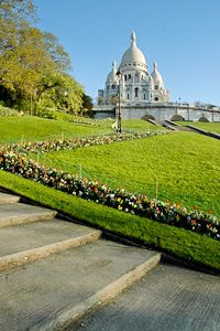 Sacre Coeur in Paris-- one of my favorite places in Paris!