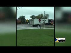 Watch A Train Plow Straight Through A Semi-Truck Trailer Stuck On The Tracks - Neatorama