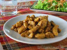 I Bocconcini di pollo alla curcuma e yogurt sono un gustoso e speziato secondo piatto, che ricorda i sapori d'oriente, facilissimo, leggero e salutare.