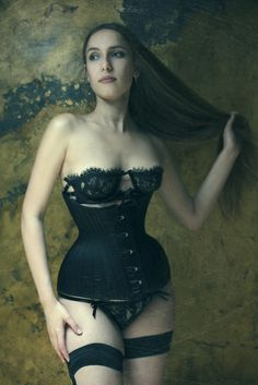 1bffe132bb 5 Corset Trend Predictions for 2015 - A gorgeous Sparklewren corset paired  with Karolina Laskowska lingerie