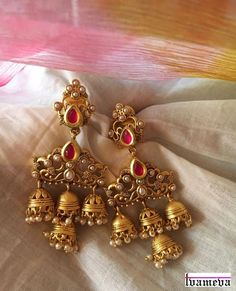 Status - Sold Handcrafted to perfection ❤️ For prices - WhatsApp - Gold Earrings Designs, Gold Jewellery Design, Necklace Designs, India Jewelry, Temple Jewellery, Indian Wedding Jewelry, Bridal Jewelry, Silver Jewelry, Trendy Jewelry