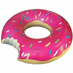 Big Mouth Toys Gigantic Donut Pool Float The gigantic donut pool float is a delicous way to enjoy the day lounging in the water. At this donut is not only huge but also made from extra thick durable vinyl. Summer Pool, Summer Fun, Summer Gifts, Summer 2015, Los Simsons, Giant Donut, Giant Food, Giant Inflatable, Beach Toys