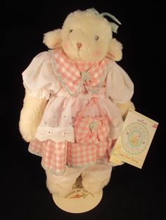 Bunnies By The Bay Little Bow Sheep Hallmark 2003 with tag and stand