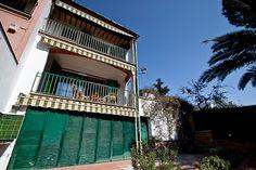 Garden House in the Center   Accommodation in Costa Brava, Spain Casa céntrica con jardín   Alquileres en la Costa Brava