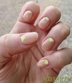 #LacquerRoom #nailart #nails #naildesigns #freehand #nailporn #nailstagram #bronxnailsalons #FunkyNailPolish