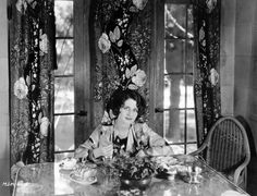 Home & Hearth | 3/9 | A Certain Cinema-tea with Norma Shearer