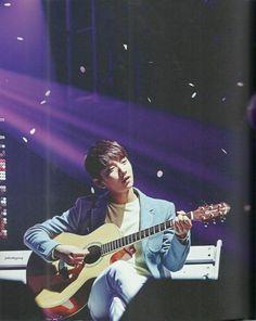 Like Seventeen Boys Wish Concert special photobook scans - Joshua