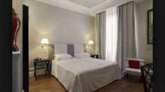 pokoj v designovém hotelu / stylový toskánský nábytek #boutique #design #hotel
