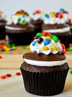 M & M Cupcakes sweets dessert treat recipe chocolate marshmallow party munchies