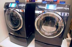 Samsung WF457 - Front loading washer and dryer with smart phone integration