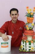 Andres Enciso Cake Designer and instructor of Camil'as Cake supply 305-228-8883