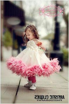 Красивые детские платья для девочек. Beautiful children's dresses for girls.