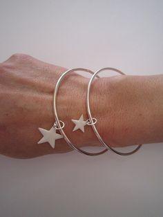 I want this! :) bracelet etoile
