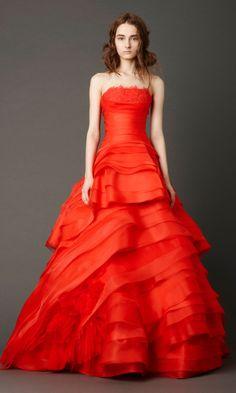 Poppy Red Bride Vera Wang #redweddings #redcoloredweddings #weddingideas