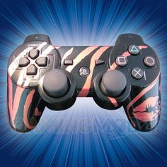 Striped Kiss Playstation 3 Modded Controller is a perfect gift for a special gamer in your life! All of GamingModz.com PS3 modded controllers are compatible with every major game on the market today. If you decide to get one of our Xbox 360 or Playstation 3 modded controllers, your gaming experience will increase, overall performance will rise and it will allow you to compete against more experienced players.