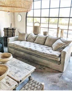 Moroccan Interiors, Colorful Interiors, Home Living Room, Living Room Decor, Linen Couch, Deep Sofa, Piece A Vivre, Home Room Design, House Rooms