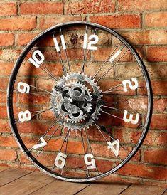 Bike decor: how to fit it inside Clem Around The Corner Garage Furniture, Car Part Furniture, Diy Furniture, Corner Deco, Bike Decorations, Bicycle Decor, Metal Art Projects, Wall Clock Design, Lamp Design